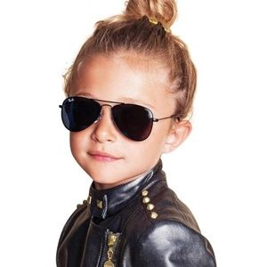 Ray-Ban Accessories - NEW! Ray-Ban Kids Aviator Sunglasses (Gold/Green)